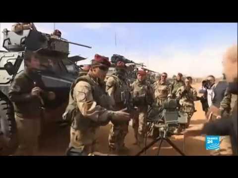 Niger, Libye - Jean-Yves Le Drian à la base Madama au Niger 1 janvier 2015