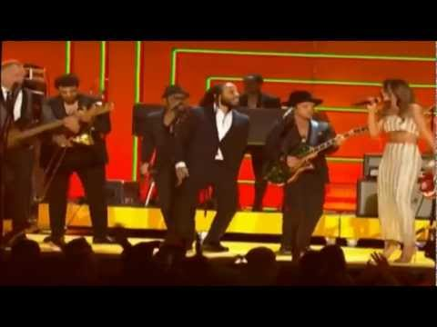 Could you be loved (Bob Marley Tribute) Grammy Awards 2013