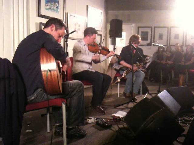 John McSherry, Donal O'Connor, Paul Meehan - Breton tunes & Irish reels