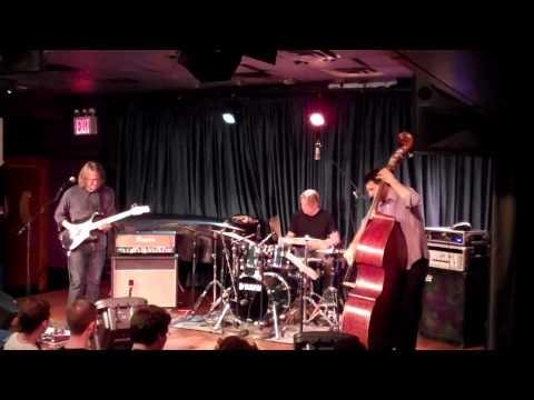 Wayne Krantz, John Patitucci, Cliff Almond 004