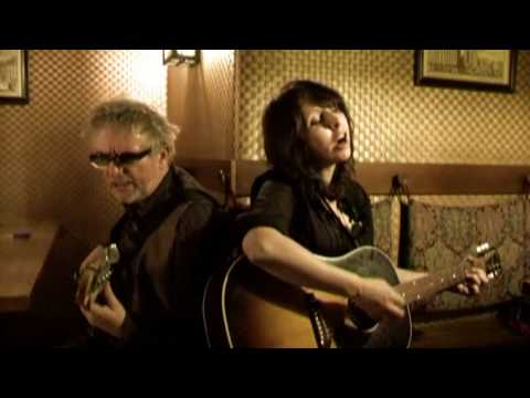 Wreckless Eric &amp; Amy Rigby - I Still Miss Someone / THEY SHOOT MUSIC