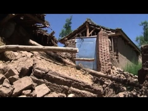 Rescue workers scour rubble from Chinese earthquake