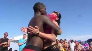 CRIOLA BEACH FESTIVAL 2014: HOT HOT... Miss Criola Contest ,3rd test... with balloons!!