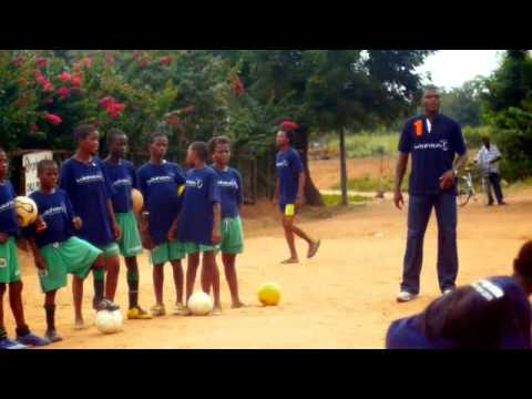 OrphanAid project visit with Marcel Desailly and Edwin Moses September 2009