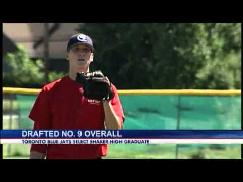 Hoffman Picked 9th In MLB Draft