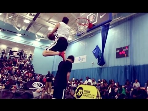 TFB::Dunks:: UK's Midnight Madness SICK Dunk Contest (Y.Hollywood, SHAL, Smoove)