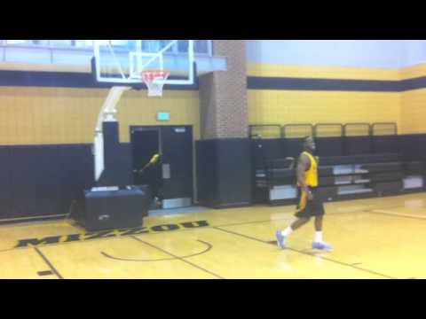 Mizzou incoming transfer guards Earnest Ross And Keion Bell dunking and joking around after practice. Catching Alley oops from Phil Pressey, Marcus Denmon an...