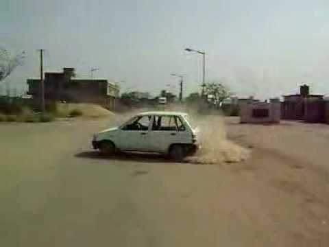 Drifting by Maruti 800 Video