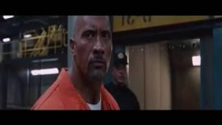 Hobbs  Vs Shaw escena de la prisión completa - Rapido y Furioso 8