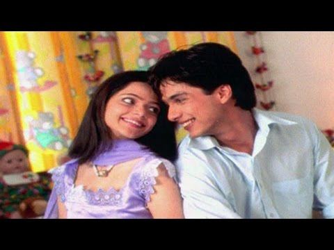 Koi To Baat Hai Feat Shahid Kapoor | Sadhna Sargam | Indipop Love Songs video