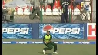 VVS Laxman 107104   India vs Pakistan 5th ODI at Lahore 2004