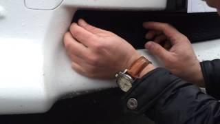 Видео: Установка защиты радиатора Toyota Rav 4 черная