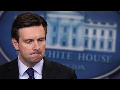 Josh Earnest Calls It Like He Sees It: US Senators Are 'Cowards'