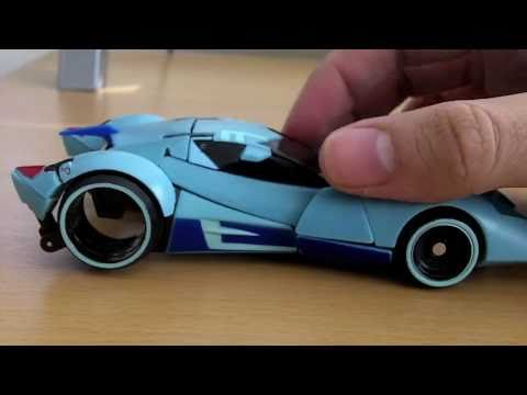 Takara/Tomy Transformers Animated Blurr Review!