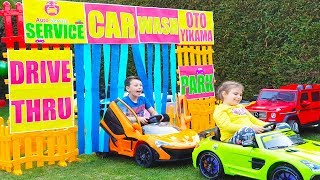 ALİ ARABA YIKIYOR Kid Ride on Toy Cars 🚗 Drive Thru CAR WASH Power wheels