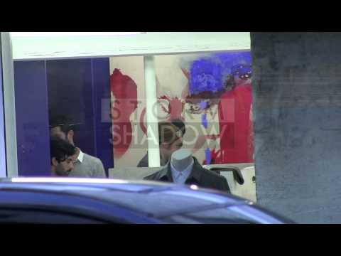 EXCLUSIVE - Robert Pattinson and Girlfriend FKA Twigs shopping in Paris - Part 1