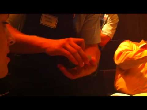 Michael Cuddyer Does a Magic Trick Video
