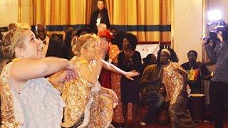 Canada | Accueil de Macky Sall par la troupe de danse Daradji