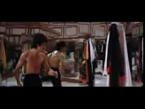 Bruce Lee - Enter The Dragon Final Battle