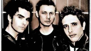Watch Stereophonics Something In The Way video