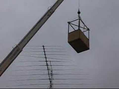 Hy-Gain Log Periodic Ham Radio Antenna Repaired In The Air