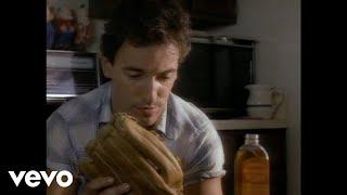 Watch Bruce Springsteen Glory Days video
