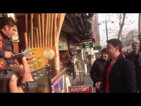 Прикольный продавец мороженого в Турции - Funny - 'Ice Cream'