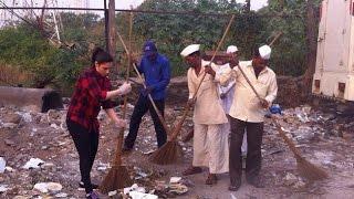 Thamanna Cleans Mumbai Streets-My Clean India