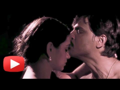 Steamy Love Scene - Latest Marathi Movie Taptapadi - Shruti Marathe, Kashyap, Veena Jamkar video