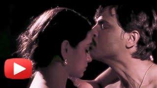 Steamy Love Scene - Latest Marathi Movie Taptapadi - Shruti Marathe, Kashyap, Veena Jamkar
