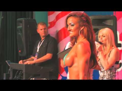 Exxxotica Bikini Contest!