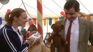 Mr Bean Takes Teddy To The Pet Show | Mr. Bean Official