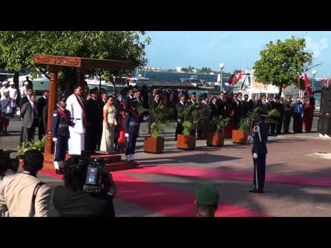 Sri Lankan President arrives in Maldives
