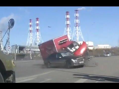 Tragic accident in Russia March 2017 Car crash compilation