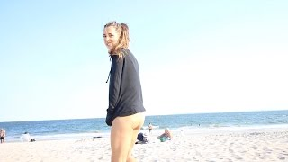 BOTTOMLESS ON THE BEACH?!