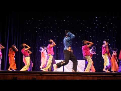 Shiamak Melbourne Summer Funk'13 - Tattad Tattad video