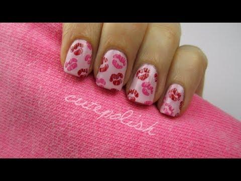 Valentine Kisses! - Nail art