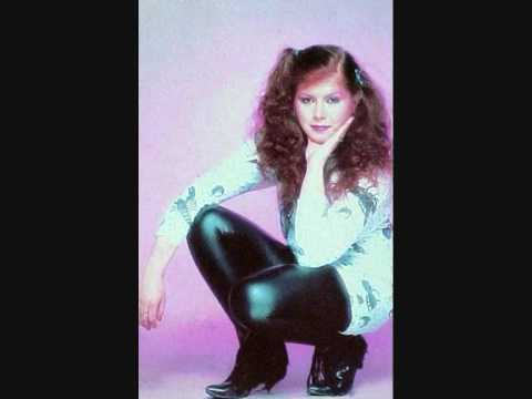 Kirsty Maccoll - Boys