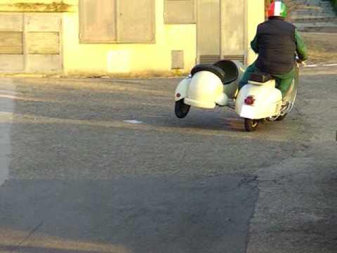 Prova Vespa Sidecar