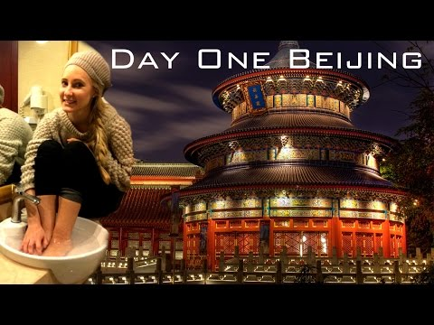 Day One China Holiday! Beijing, Temple of Heaven & Group Dinner!
