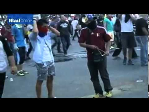 Fresh violence in Venezuela as protestors refuse vacation offer