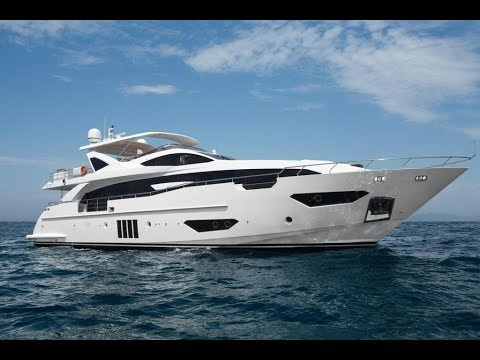 In-Depth Look: All-New Azimut Grande 30 Metri | Miami Yacht Show
