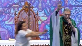 Padre Marcelo Rossi sofreu ataque durante a missa do PHN 2019.