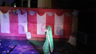 A lady hot dance at party