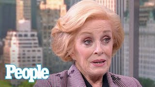 Holland Taylor Reveals How She Landed 1st Date With Girlfriend Sarah Paulson | People NOW | People