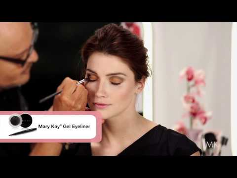 Mary Kay Makeup Artist Tips - Statement Look