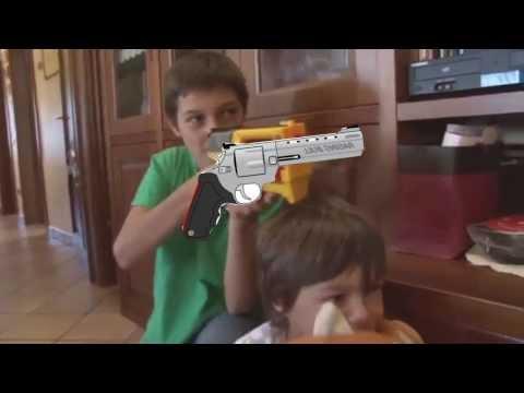 YTP ITA 2 | SOS TATA : La Famiglia Peroni e quella fumatrice accanita