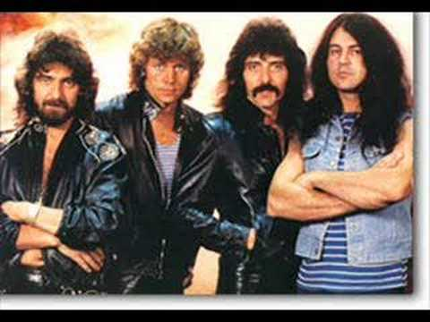Black Sabbath - Paranoid (Ian Gillan Vocals)
