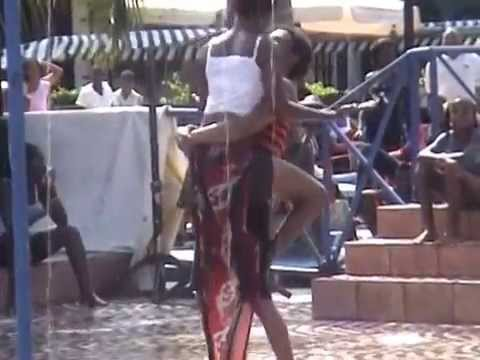 AFRICAN DANCING ON INDIAN SONG thumbnail
