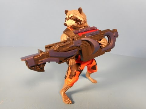 GUARDIANS OF THE GALAXY RAPID REVEALERS ROCKET RACCOON SWINGS BLASTER MOVIE TOY VIDEO REVIEW